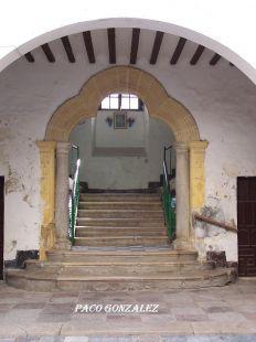 Portada de escalera