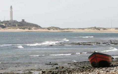 Patera en las playas de Barbate