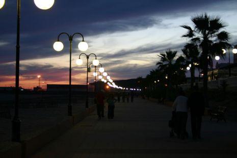 Paseo Entre Luces