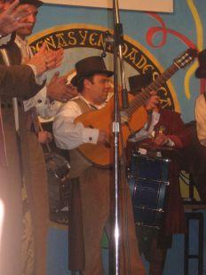 EL_Pacoli_un_guitarra_de _la_Libertad
