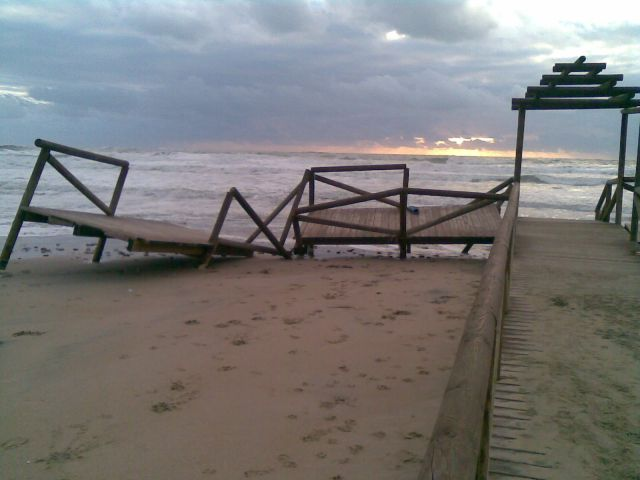 Temporal en la Playa de Camposoto
