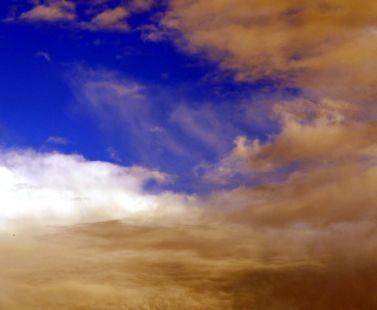 Mientras dormía la nube se iba.