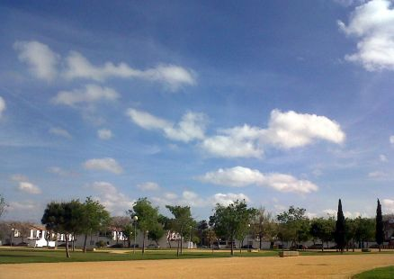 El parque y sus nubes.