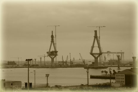 puente en sepia