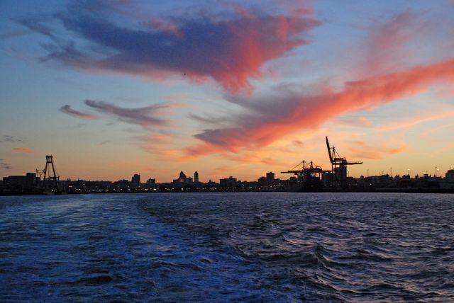 Atardecer en el Puerto de Cádiz