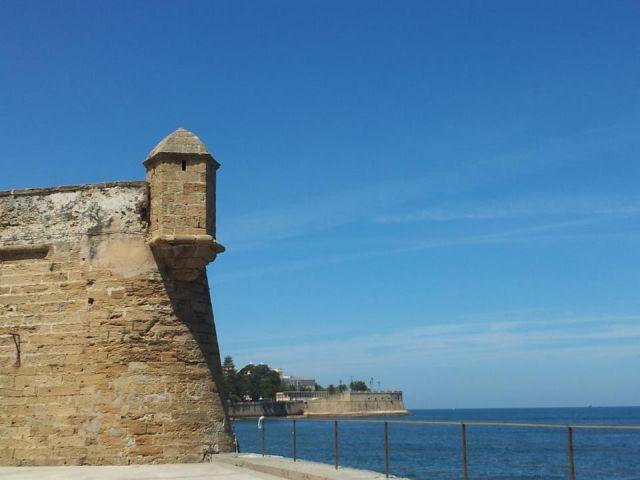 Las murallas de Cádiz.