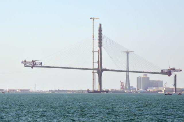 II Puente desde el mar